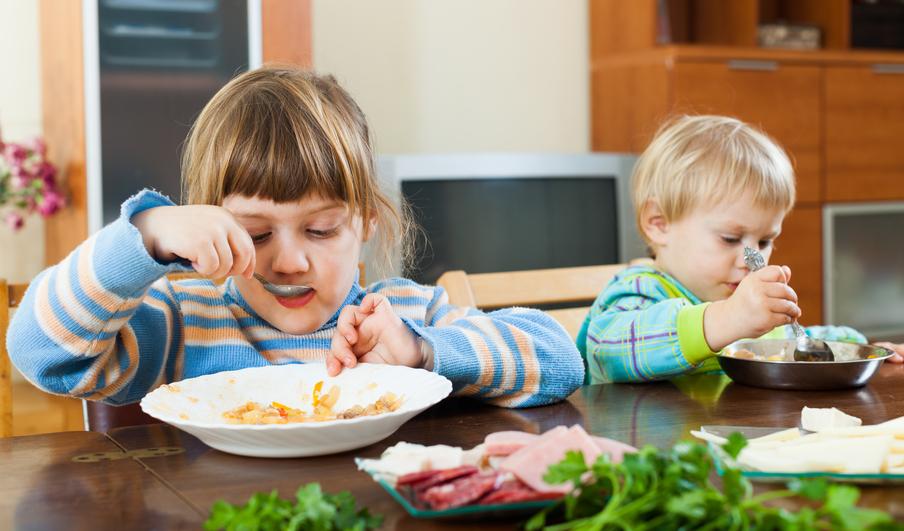 孩子为什么容易积食,平时该怎么注意?