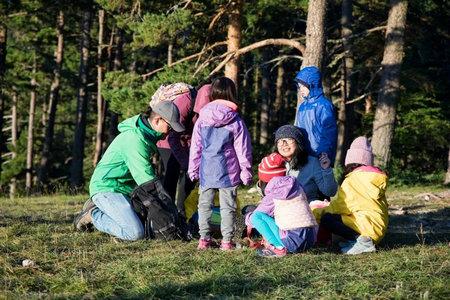 运动宝贝法国南部亲子教育之旅   小刺猬自然教育亲子营