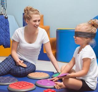 感觉统合训练是什么?孩子感觉统合失调,家长须谨慎对待